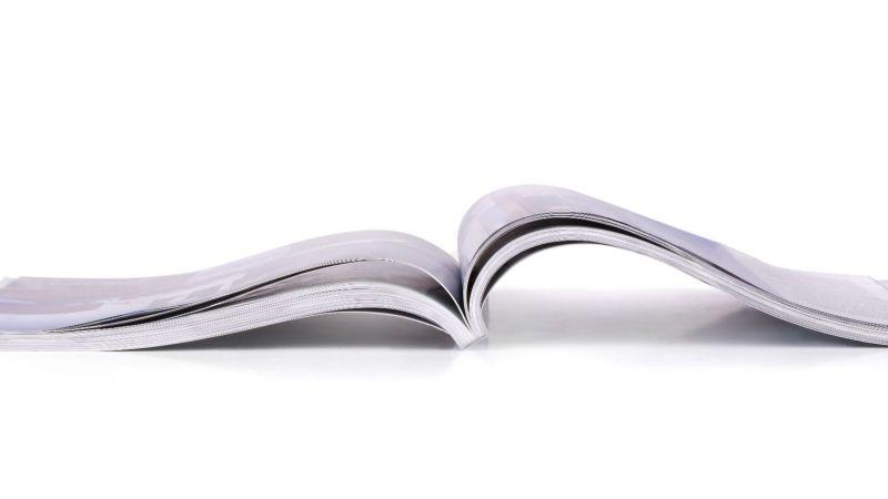 Aufgeschlagenes Magazin